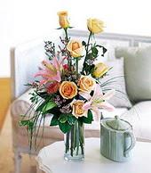 Tekirdağ hediye çiçek yolla  cam yada mika vazo içerisinde gül kazablanka