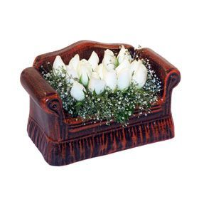 seramik içerisinde 11 gül  Tekirdağ çiçek siparişi sitesi