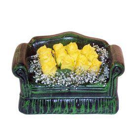 Seramik koltuk 12 sari gül   Tekirdağ çiçekçi mağazası