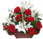 sepette gül ve kazablankalar   Tekirdağ internetten çiçek satışı