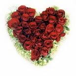 kalp biçiminde 15 gülden   Tekirdağ online çiçekçi , çiçek siparişi