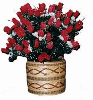 yapay kirmizi güller sepeti   Tekirdağ yurtiçi ve yurtdışı çiçek siparişi