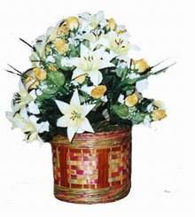 yapay karisik çiçek sepeti   Tekirdağ 14 şubat sevgililer günü çiçek