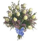 bir düzine beyaz gül buketi   Tekirdağ çiçek gönderme