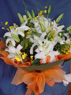 Tekirdağ internetten çiçek siparişi  5 ADET KAZABLANKA BUKETI KALITEDEN SASMAYANLARA