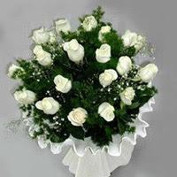 Tekirdağ çiçek siparişi sitesi  11 adet beyaz gül buketi ve bembeyaz amnbalaj