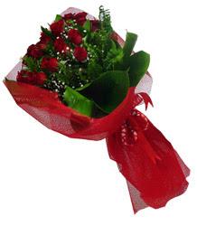 Tekirdağ çiçek gönderme  10 adet kirmizi gül demeti
