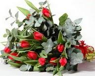 Tekirdağ ucuz çiçek gönder  11 adet kirmizi gül buketi özel günler için