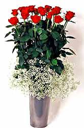 Tekirdağ uluslararası çiçek gönderme  9 adet kirmizi gül cam yada mika vazoda