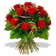 9 adet kirmizi gül ve kir çiçekleri  Tekirdağ internetten çiçek siparişi