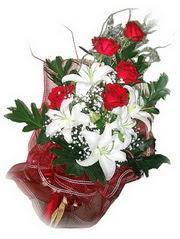Tekirdağ yurtiçi ve yurtdışı çiçek siparişi  5 adet kirmizi gül 1 adet kazablanka çiçegi buketi