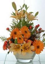 Tekirdağ kaliteli taze ve ucuz çiçekler  cam yada mika vazo içinde karisik mevsim çiçekleri