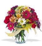 Tekirdağ hediye çiçek yolla  cam yada mika vazo içerisinde karisik kir çiçekleri