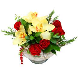 Tekirdağ çiçek satışı  1 adet orkide 5 adet gül cam yada mikada