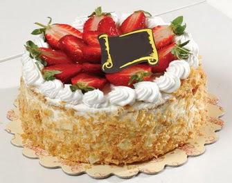 uygun pastaneler 4 ile 6 kisilik çilekli yas pasta lezzetli  Tekirdağ cicek , cicekci