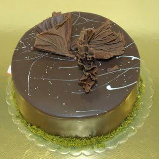 pastaci ustamizdan 4 ile 6 kisilik fistikli çikolatali yaspasta  Tekirdağ kaliteli taze ve ucuz çiçekler