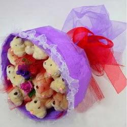 11 adet ayiciktan buket  Tekirdağ online çiçek gönderme sipariş