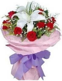 9 adet kirmizi gül 1 adet kazablanka buketi  Tekirdağ internetten çiçek satışı