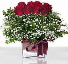 Tekirdağ internetten çiçek siparişi  mika yada cam vazo içerisinde 7 adet gül