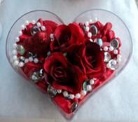 Tekirdağ uluslararası çiçek gönderme  mika kalp içerisinde 3 adet gül ve taslar