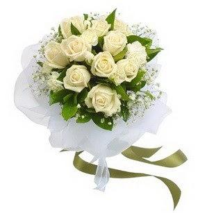 Tekirdağ İnternetten çiçek siparişi  11 adet benbeyaz güllerden buket