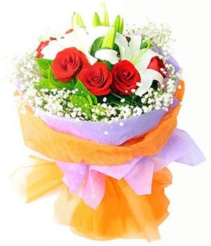 Tekirdağ çiçek gönderme  1 dal kazablanka 7 adet kırmızı gül buketi