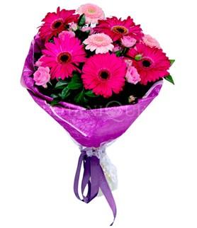 Tekirdağ çiçekçiler  karışık gerbera çiçeği buketi