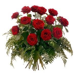 Tekirdağ internetten çiçek siparişi  15 adet kırmızı gülden buket