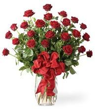 Sevgilime sıradışı hediye güller 24 gül  Tekirdağ hediye sevgilime hediye çiçek