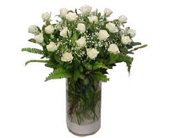 Tekirdağ çiçek yolla , çiçek gönder , çiçekçi   cam yada mika Vazoda 12 adet beyaz gül - sevenler için ideal seçim