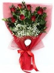 7 adet kırmızı gülden buket tanzimi  Tekirdağ uluslararası çiçek gönderme