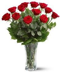 11 adet kırmızı gül vazoda  Tekirdağ online çiçek gönderme sipariş