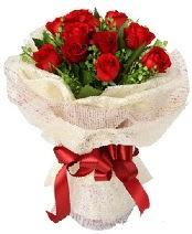 12 adet kırmızı gül buketi  Tekirdağ çiçek online çiçek siparişi