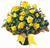 Tekirdağ hediye çiçek yolla  Sari gül karanfil ve kir çiçekleri