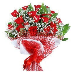 11 kırmızı gülden buket  Tekirdağ hediye sevgilime hediye çiçek