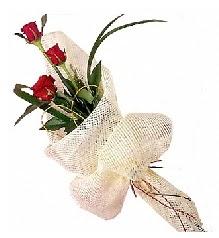3 adet kırmızı gül buketi  Tekirdağ online çiçekçi , çiçek siparişi