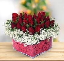 15 kırmızı gülden kalp mika çiçeği  Tekirdağ ucuz çiçek gönder