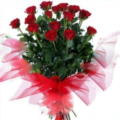15 adet kırmızı gül buketi  Tekirdağ uluslararası çiçek gönderme