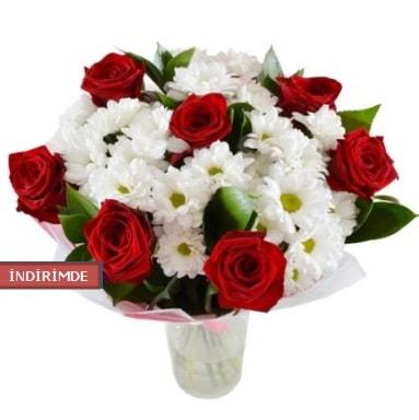 7 kırmızı gül ve 1 demet krizantem  Tekirdağ çiçek gönderme